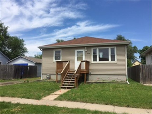 Photograph of 2424 8th Ave, Council Bluffs, IA 51501