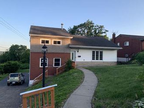 Photograph of 2311 Vermont Ave, West Mifflin, PA 15122