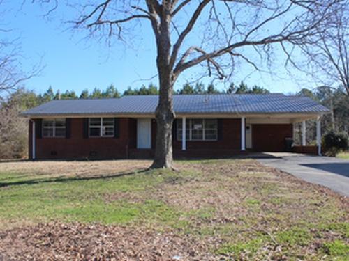 Photograph of 1200 Cedar Bluff Rd, Centre, AL 35960