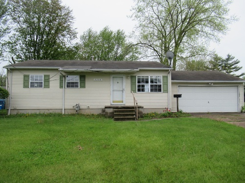 Photograph of 2204 Adams St, Lorain, OH 44052