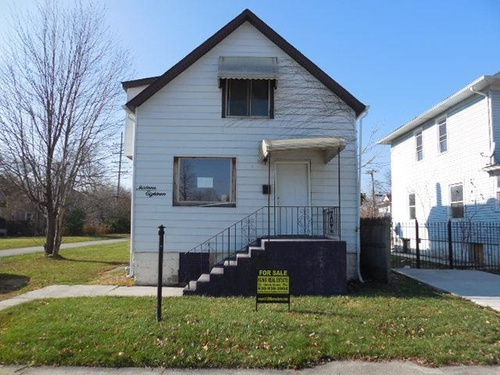 Photograph of 1318 S 6th Ave, Maywood, IL 60153