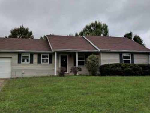 Photograph of 1781 Fall Lick Rd, Lancaster, KY 40444