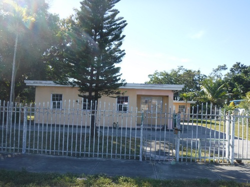 Photograph of 322 NW 118th St, Miami, FL 33168