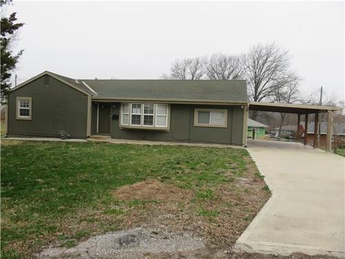 Photograph of 4547 Rowland Ave, Kansas City, KS 66104