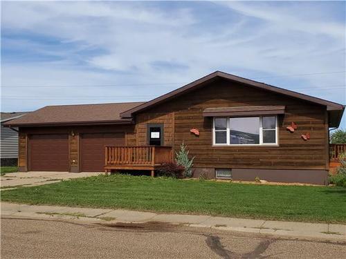 Photograph of 407 Meadow Ln, Mott, ND 58646