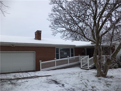 Photograph of 500 N Grove St, Colfax, IL 61728