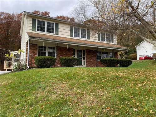 Photograph of 2617 West View Dr, Saylorsburg, PA 18353