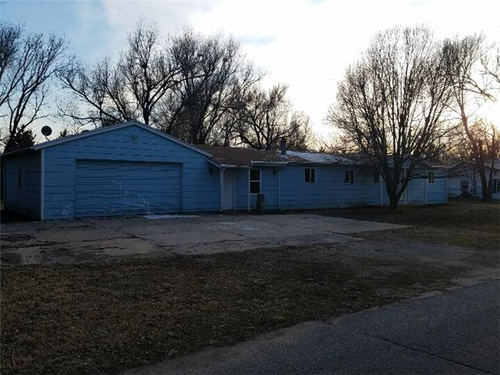 Photograph of 103 W 58th St S, Wichita, KS 67217