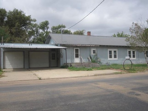 Photograph of 820 E 4th Street, Dalhart, TX 79022