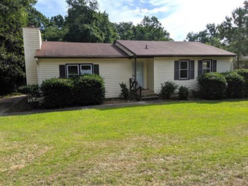 Photograph of 1602 Mcgougan Rd, Fayetteville, NC 28303