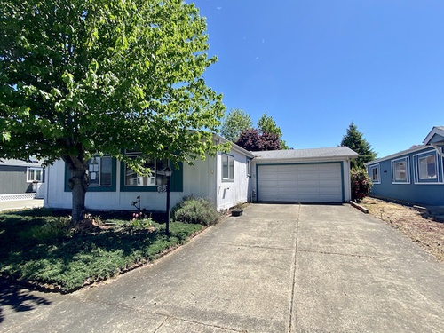 Photograph of 555 Freeman Road Unit 159, Central Point, OR 97502