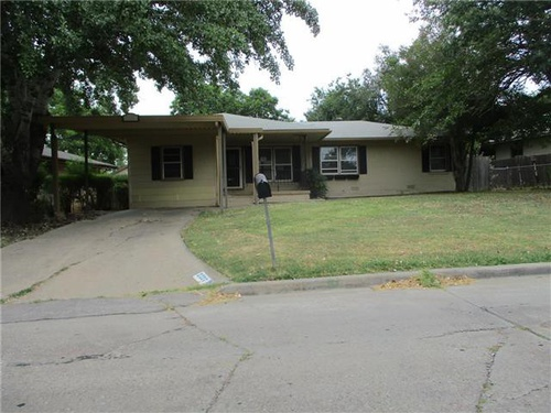 Photograph of 2227 NW Lincoln Ave, Lawton, OK 73505