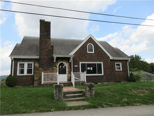 Photograph of 382 Pearl St, Brownsville, PA 15417