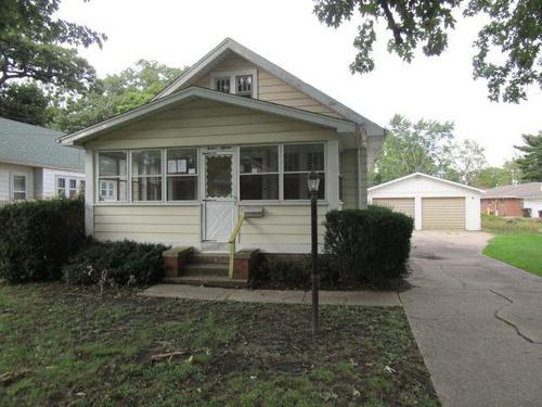 Photograph of 1215 E Maywood Ave, Peoria, IL 61603