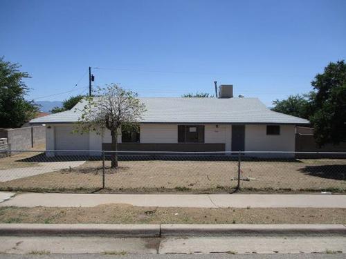 Photograph of 1006 Tomas Court SW, Albuquerque, NM 87121