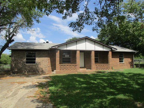 Photograph of 310 Highland Ave, Mcalester, OK 74501