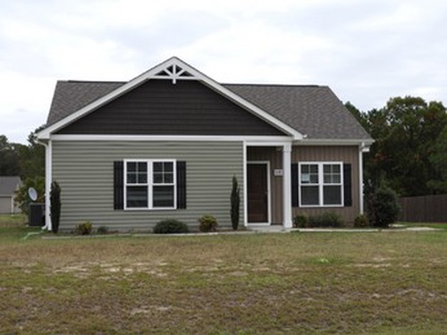 Photograph of 102 Padstone Ct, Dudley, NC 28333