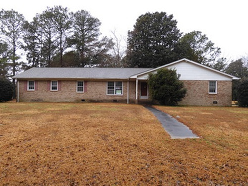 Photograph of 108 Saint Andrews Dr, Greenville, NC 27834