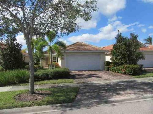 Photograph of 28512 Hammerhead Ln, Bonita Springs, FL 34135