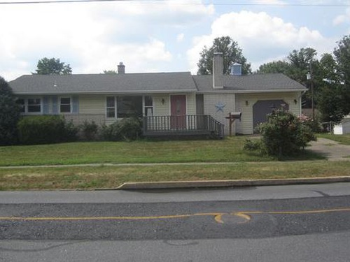 Photograph of 13 Nissley Dr, Middletown, PA 17057