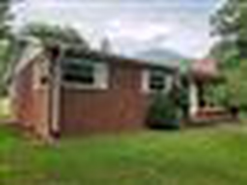 Photograph of 419 Old Michael Rd, Canton, NC 28716