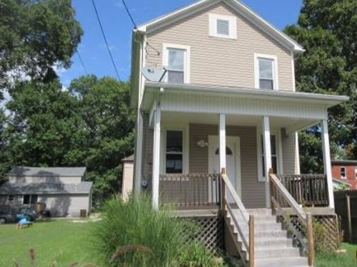 Photograph of 711 1/2 Front St, Marietta, OH 45750