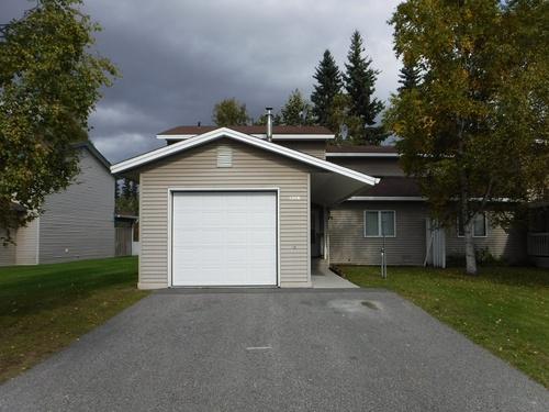 Photograph of 1306 Hampstead Ave, Fairbanks, AK 99701