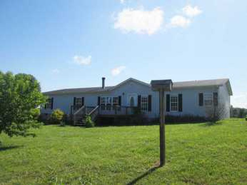 Photograph of 2990 Dawson Rd, Sweetwater, TN 37874