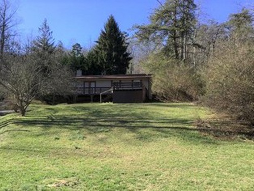 Photograph of 1140 Matheson Cove Rd, Hayesville, NC 28904