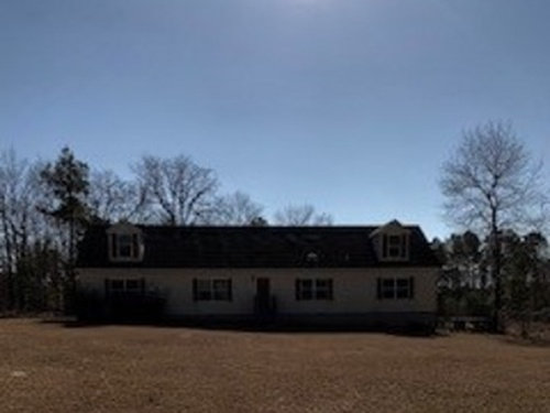 Photograph of 21708 Old Maxton Rd, Maxton, NC 28364