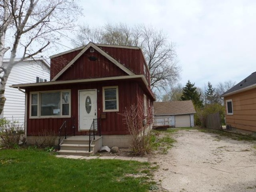 Photograph of 4000 S 41st St, Greenfield, WI 53221