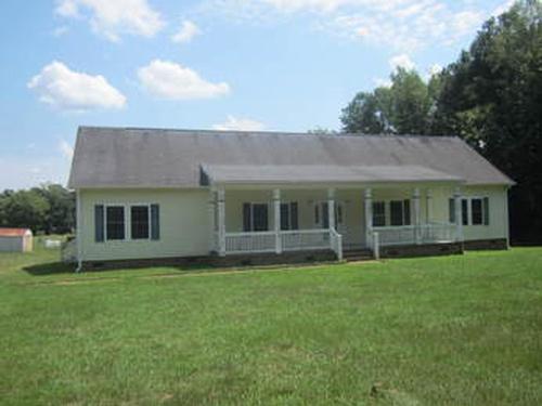 Photograph of 204 Reedy Creek Rd, Macon, NC 27551