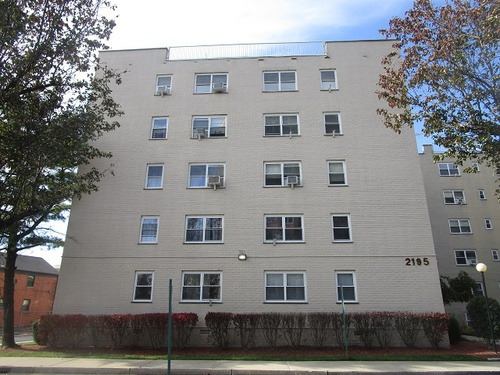 Photograph of 2195 N Central Rd Unit 5f, Fort Lee, NJ 07024