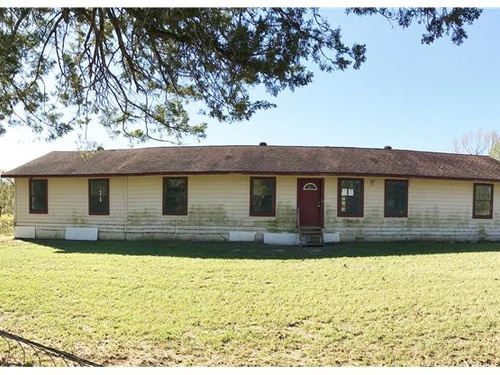 Photograph of 10013 Turtle Circle, Pittsburg, TX 75686