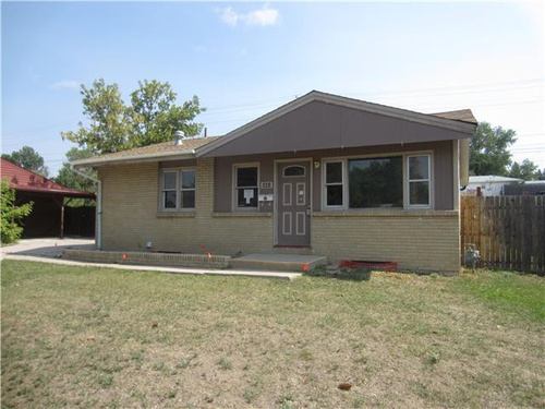 Photograph of 843 Hillcrest Rd, Cheyenne, WY 82001