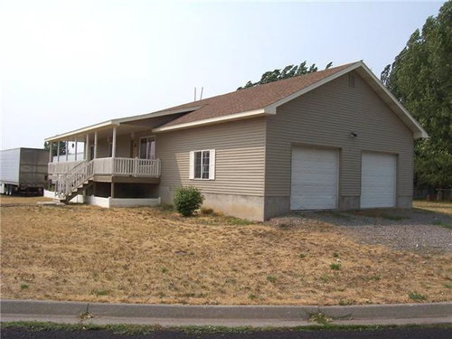 Photograph of 905 Aspen Dr, St Anthony, ID 83445