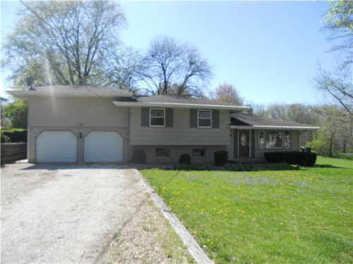 Photograph of 750 N 9th 1/2 St, Monmouth, IL 61462