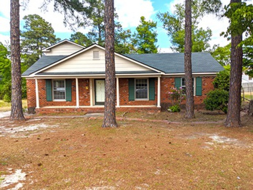 Photograph of 5432 Sandstone Dr, Fayetteville, NC 28311
