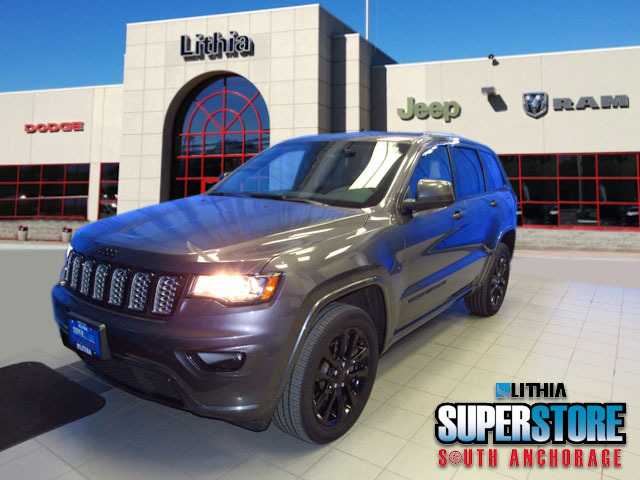 used 2018 Jeep Grand Cherokee car, priced at $33,500