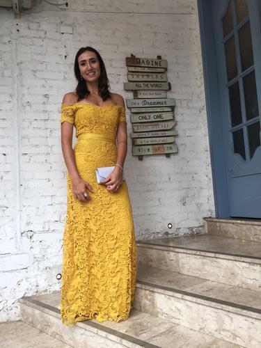 Amei o vestido! Não tinha quem não parasse pra elogiar.  Todas as mulheres altas querem alugar no dress and go, agora.