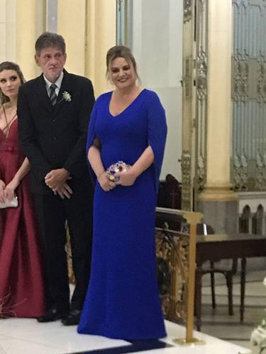 O vestido ficou maravilhoso, recebi muitos elogios. O atendimento da Dress &Go impecável