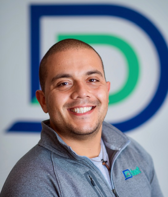 Headshot of Daniel Molina