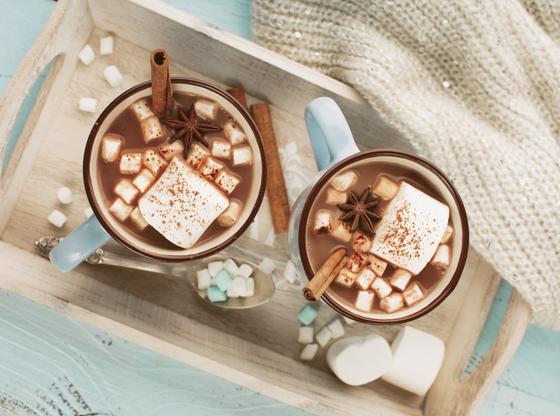 5 INGRÉDIENTS POUR REHAUSSER VOTRE CHOCOLAT CHAUD