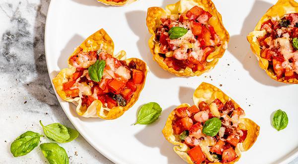 Amuse-bouche aux tomates et au fromage