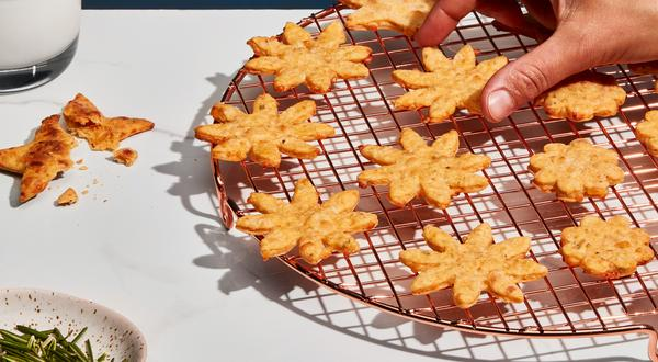 Biscuits aux fromages d'ici et crème sure