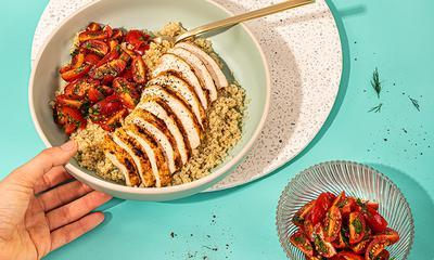 Bol de poulet à l'harissa et quinoa