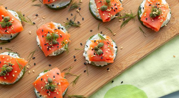 Bouchées de saumon et de concombre