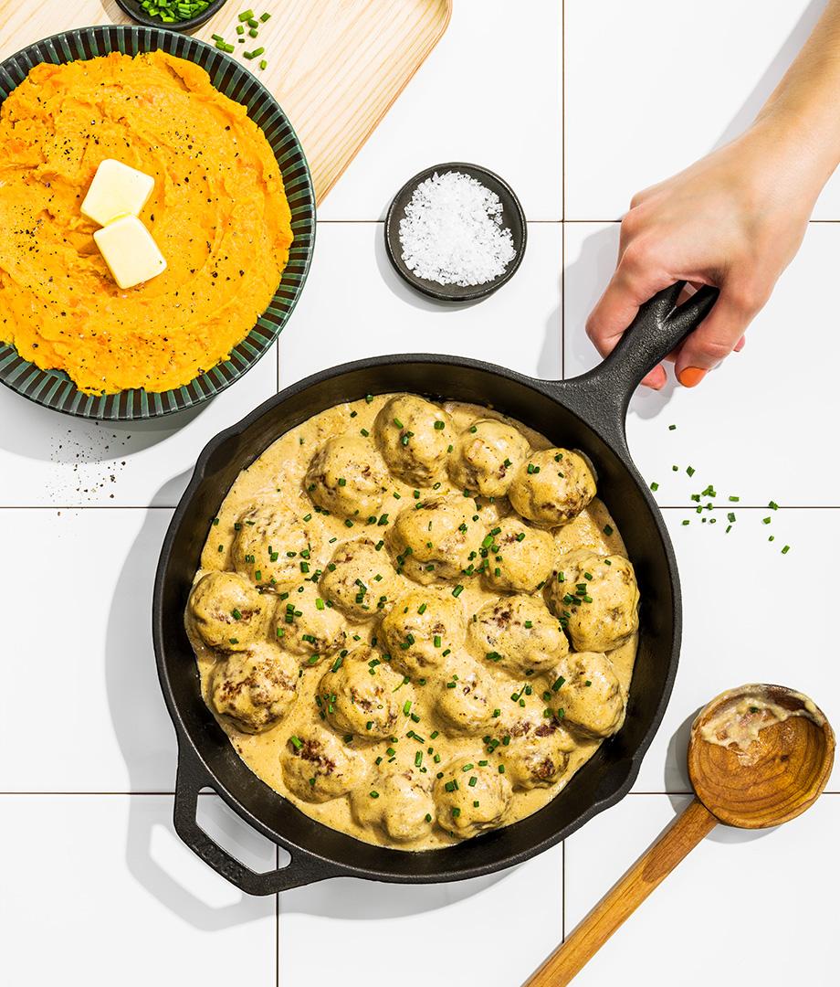 Boulettes de viande hachée et purée de légumes (style boulette suédoise)