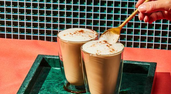 Café latté à saveur de pain d'épices