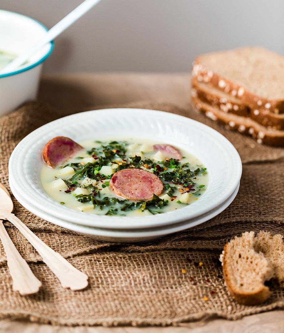 Soupe au chou, pommes de terre et poireau